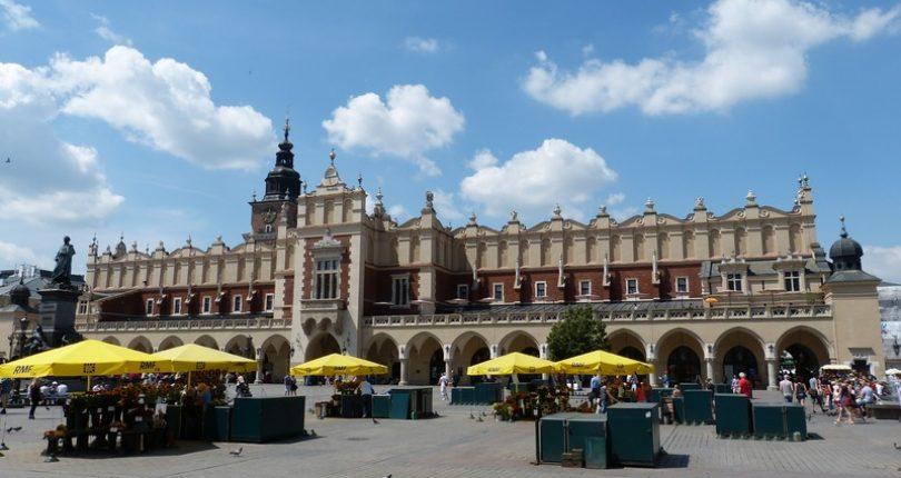 Jak wynająć auto w Krakowie?