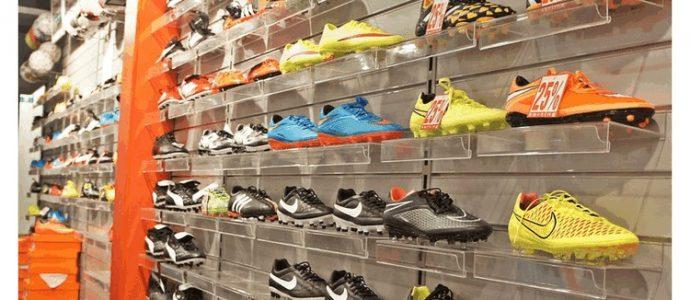 Czy warto kupować odzież i sprzęt sportowy w internecie